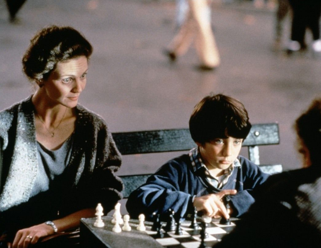 a review of the movie searching for bobby ficher by steven zaillian Searching for bobby fischer movie reviews & metacritic score: (also known as innocent moves) a prepubescent chess prodigy refuses to harden himself in orde.